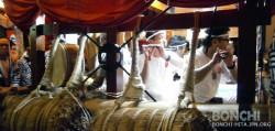 山鉾内で演奏される日田祇園囃子