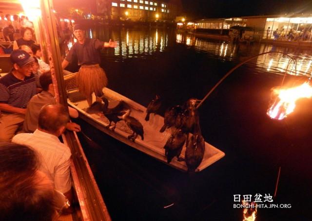 三隈川の屋形船
